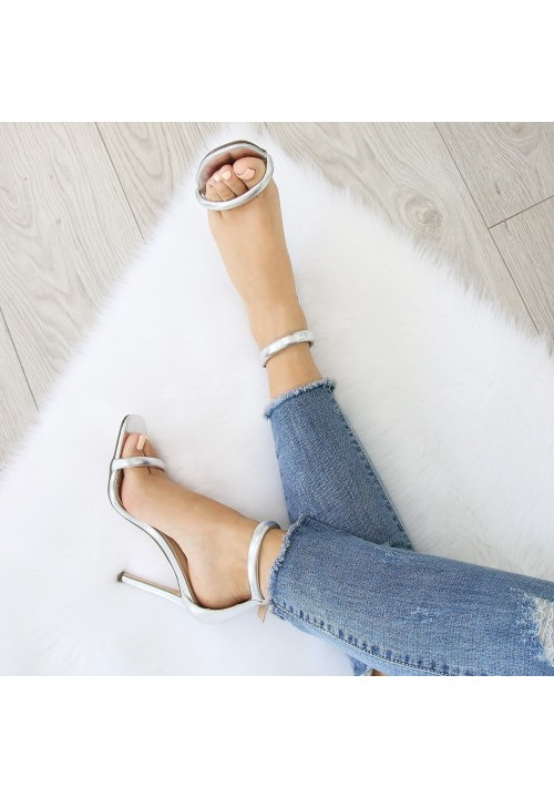 Sandałki Klasyczne Lustrzane Srebne Kika