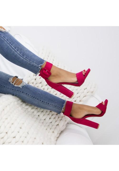 Sandałki Klasyczne Fuksjowe Zamszowe Pinka