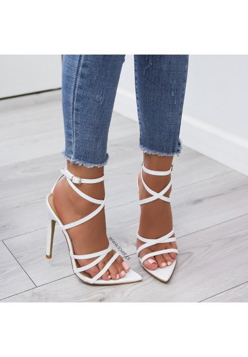Sandałki Szpilki Lakierowane Białe Louise