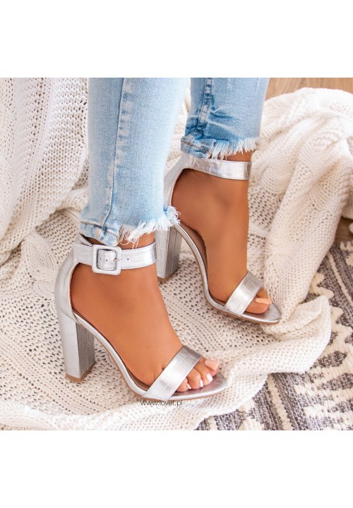 Sandałki na Słupku Srebrne Deb