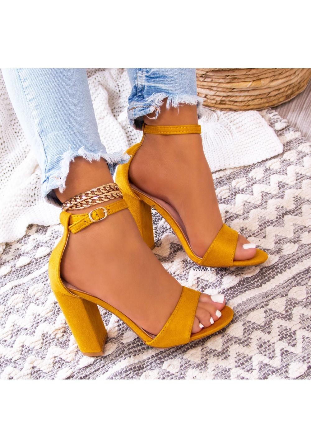 Sandały na Słupku Zamszowe Żółte Vicky