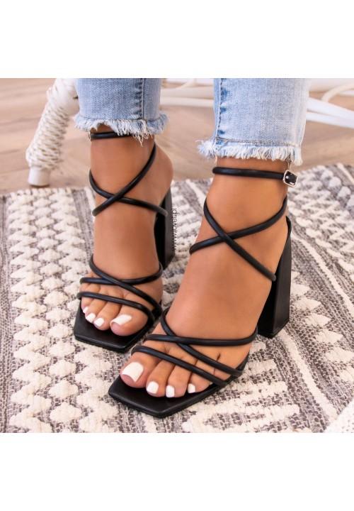 Sandałki Na Słupku Czarne Sallis