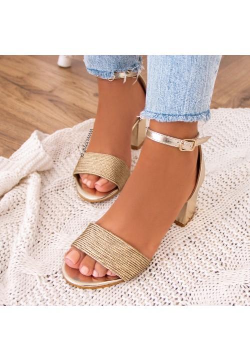 Sandałki na Słupku Złote Gizell