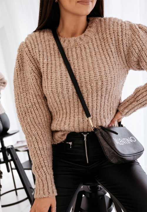 Sweter Klasyczny Beżowy Magnus