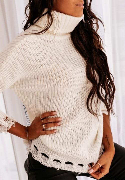Kremowy Pleciony Sweter z Frędzlami Merisa
