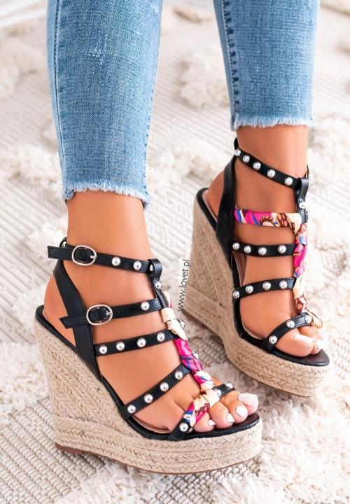 Sandały na Koturnie z Nitami Czarne Francesca