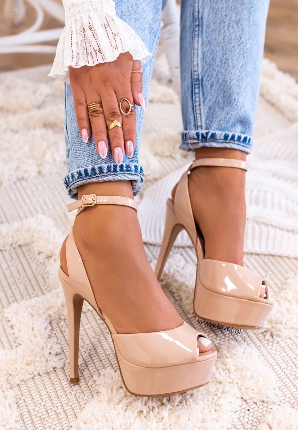 Sandałki Platformy Lakierowane Beżowe Sylvie