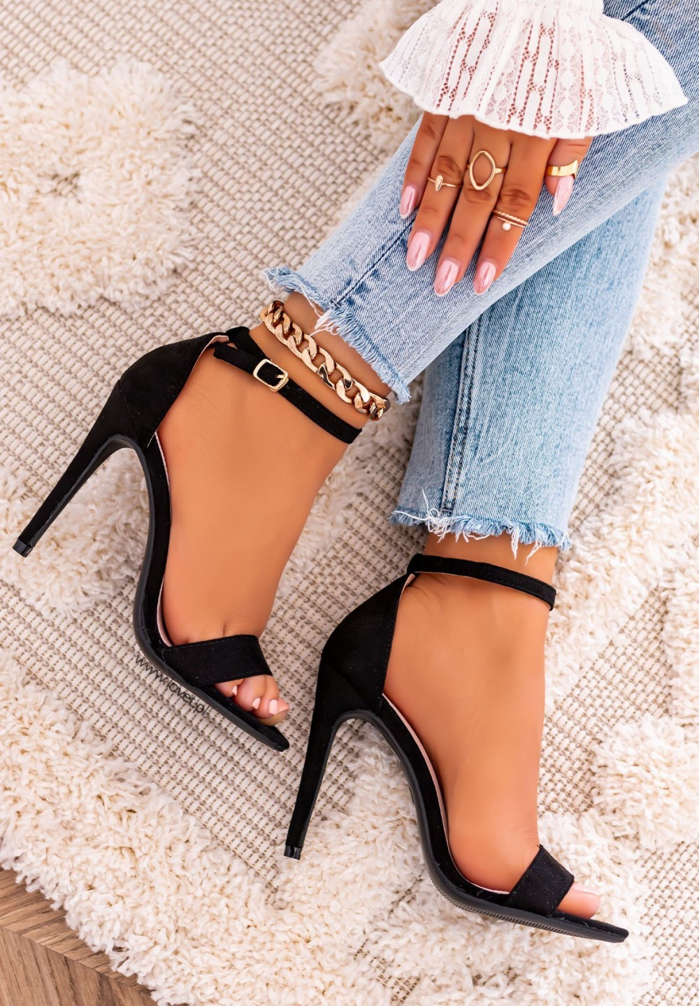 Sandałki Szpilki Zamszowe Czarne Keira