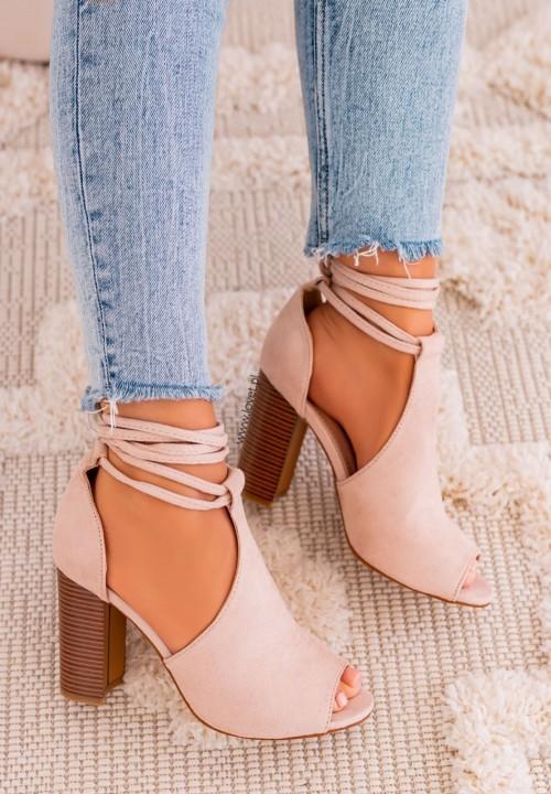 Sandałki Na Słupku Wiązane Beżowe Charlis