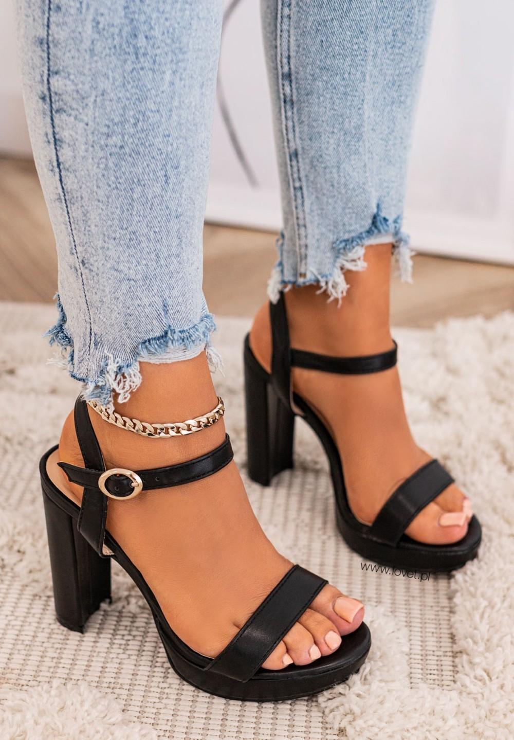 Sandały Na Słupku Czarne Leti